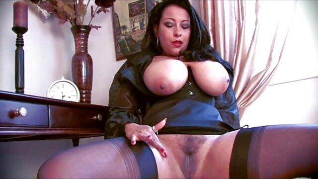 Close up blowjob mit massiven gratis pornofilme reife frauen cumshot in Mund