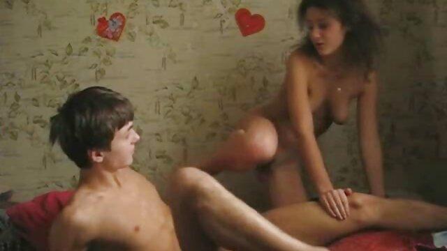 Tschechisch-Babe gibt reife frauen pornos kostenlos blowjob vor dem sex