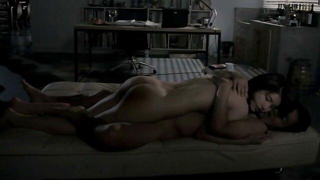 Saucy Ebenholz Küken Bläst und Knallt einen Großen Schwarzen Schwanz geile reife pornos
