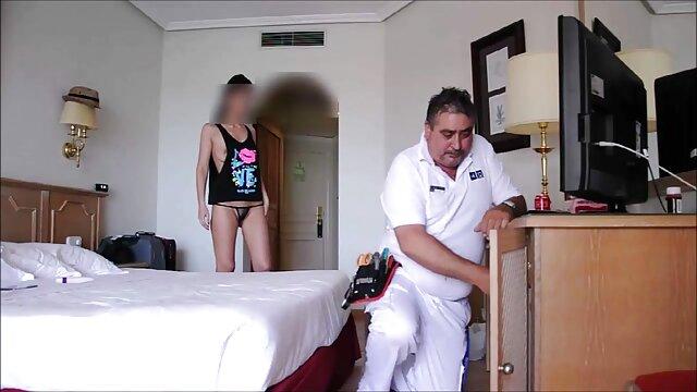 Rika Aiba saugt Hahn pornos mit alten damen mit Leidenschaft dann schluckt - Mehr bei Japanesemamas com