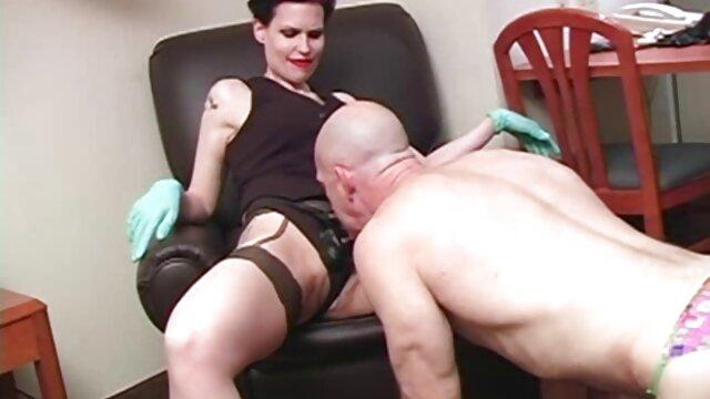 Die reife pornos Leidenschaft eines HARTEN Schlags