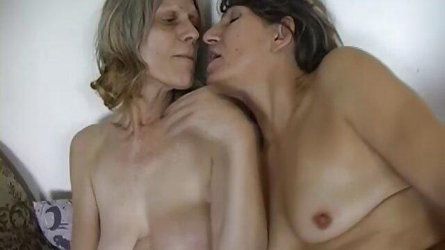 Atemberaubende 4K reife frauen pornos kostenlos Lesben So Erotisch