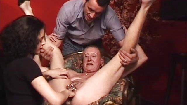 Alte pornos mit älteren frauen kostenlos Blondine gefällt junge dude