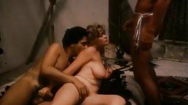 HD - Passion-HD sexfilme frauen ab 50 Sexy Lilie schüttelt den Arsch auf h