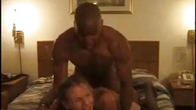 Massagetherapeut pornos mit älteren damen hat Glück