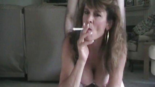 Britische free porno reife Mutter von schmutzigen Fotografen gefingert