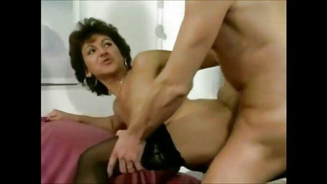 Sinnlich reife pornos Geölt Latina Spritzt