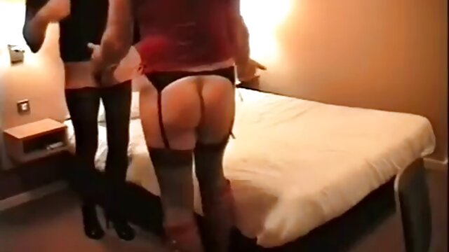 Du sollst den MILF-Teil deines Nachbarn nicht pornos ab 50 begehren.