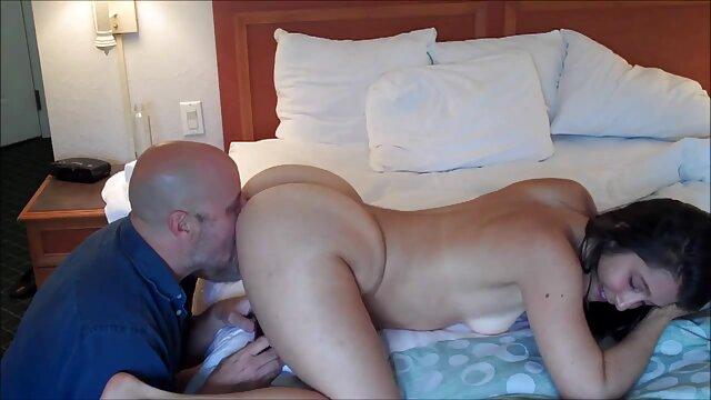 BFFS - Glück Stud fickt Drei ü50 pornos Hotties